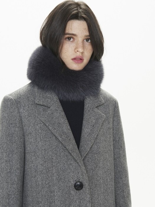 HIGH QUALITY GENUINE FOX FUR SCARF. CHARCOAL