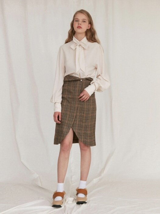 PEARL BUTTON SKIRT_brown
