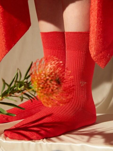 [[X VIAPLAIN] silky socks, red