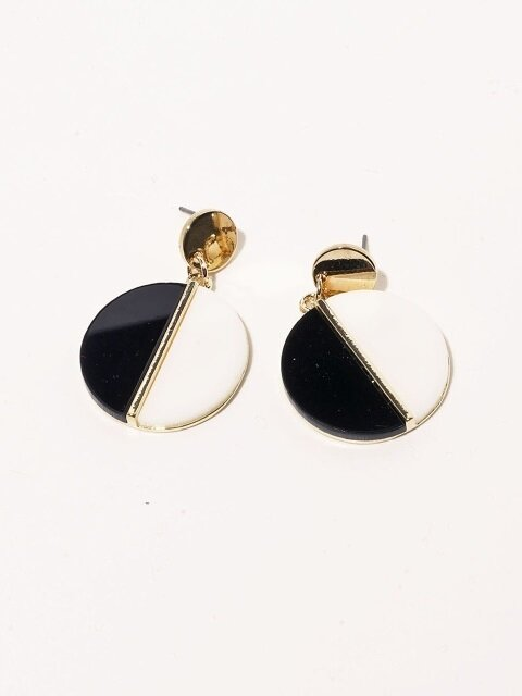 Alice Coin Earrings black & white