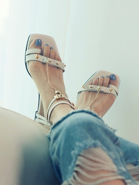 CHAIN SANDAL - WHITE