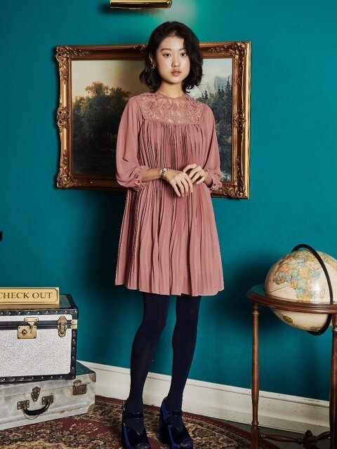 FLOWER LACE ALL PLEATS DRESS_ROSE PINK