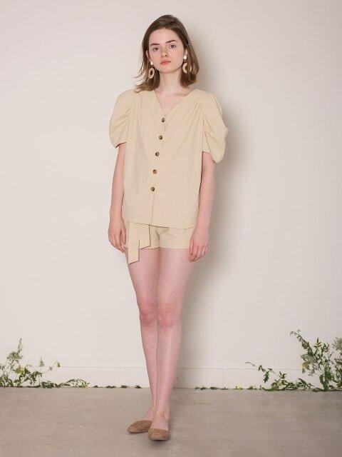 [SET] Puff Sleeve Blouse + Tuck Belt Shorts (beige)