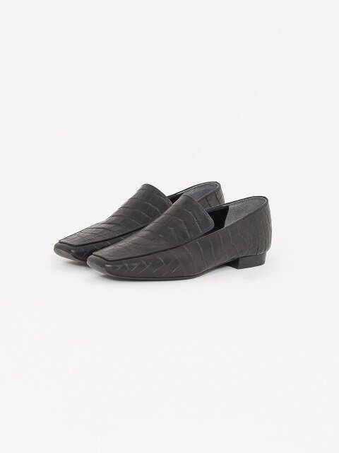 20mm Tilda Croc-Embossed Leather Loafer (Black)