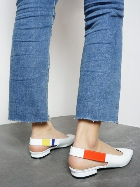 10 FLAT SHOES SLING BACK IN THREE PRIMARY COLORS AND WHITE LEATHER