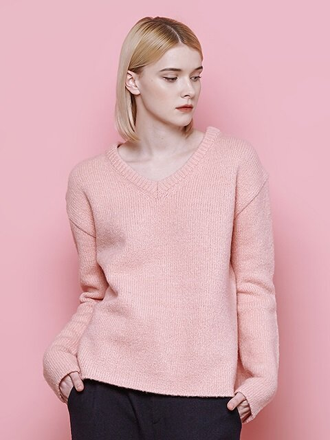V neck slit knit