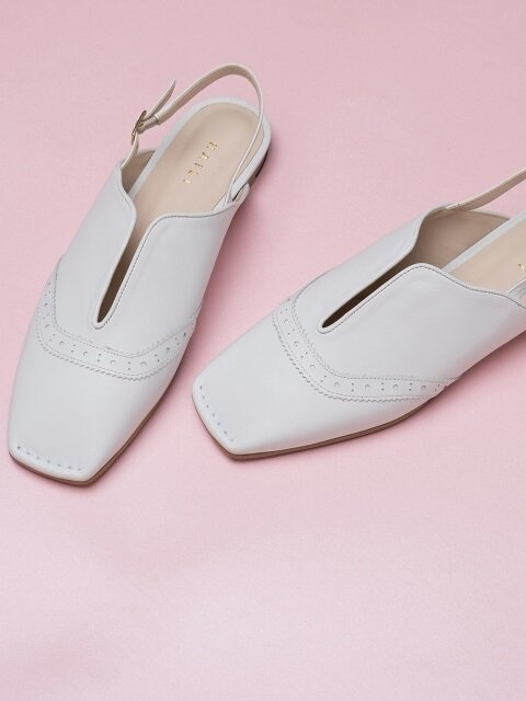 Lady wing tip slingback flats_white