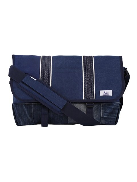 Vintage denim messenger bag (blue)