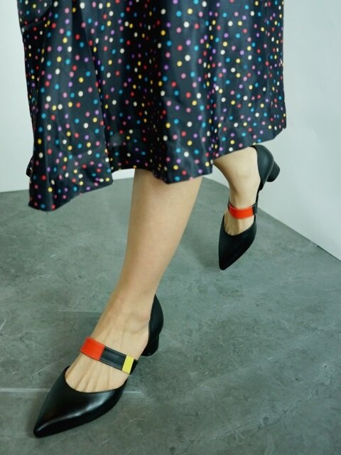 40 LOW HEEL SLIP-ON IN THREE PRIMARY COLORS AND BLACK LEATHER