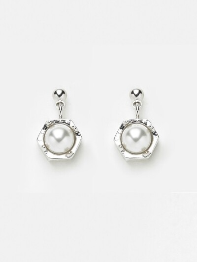MINI DROP POINT EARRING