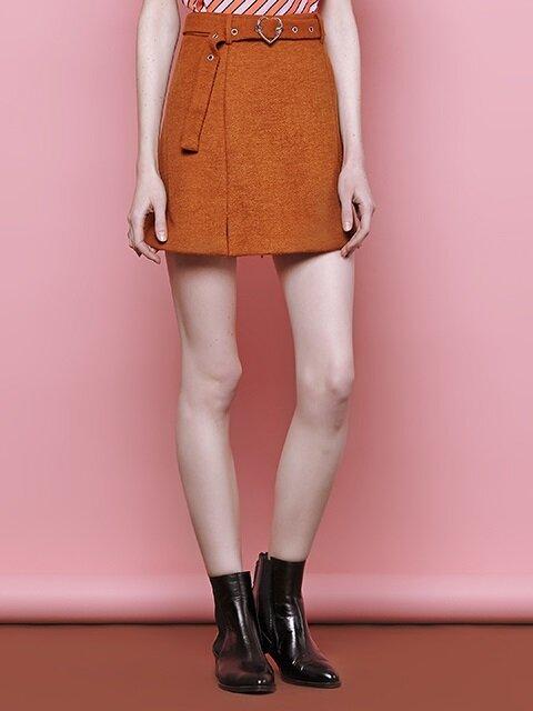 heart buckle skirt