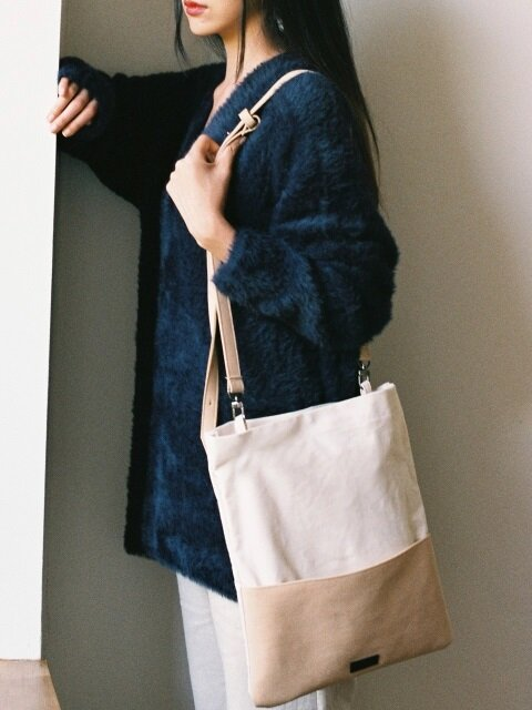 chamude poket bag- Beige