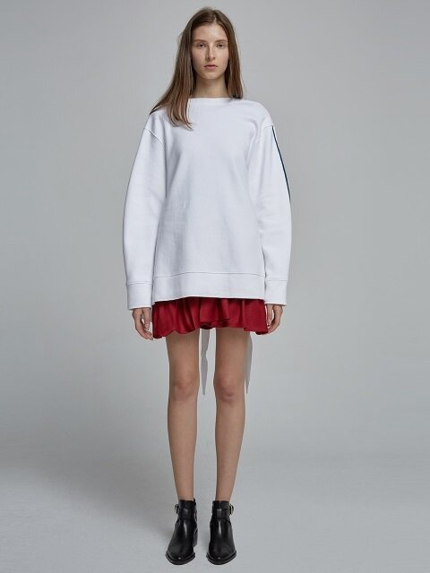 Minimal volume back-point sweatshirts - White