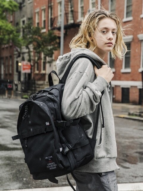 UNCOMMON BACKPACK - BLACK