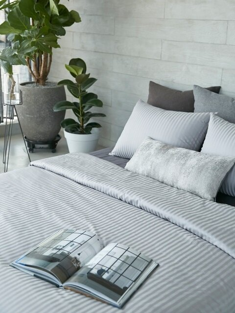 HOTEL BEDDING GREY