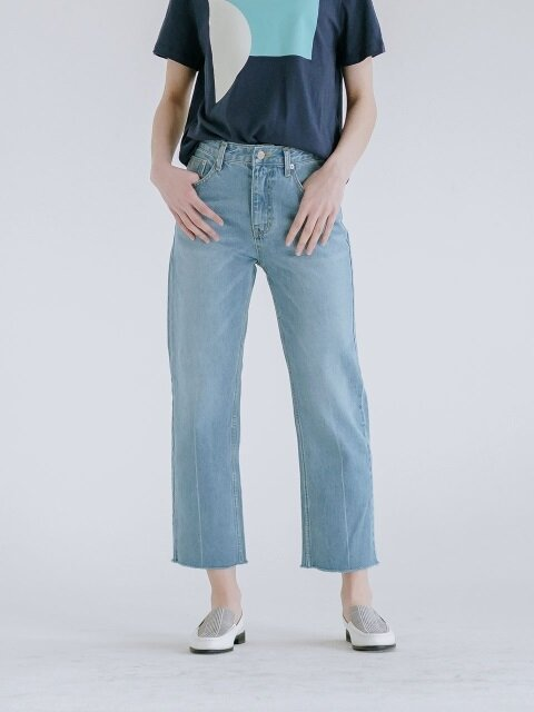 STRAIGHT LOW-EDGE DENIM PT
