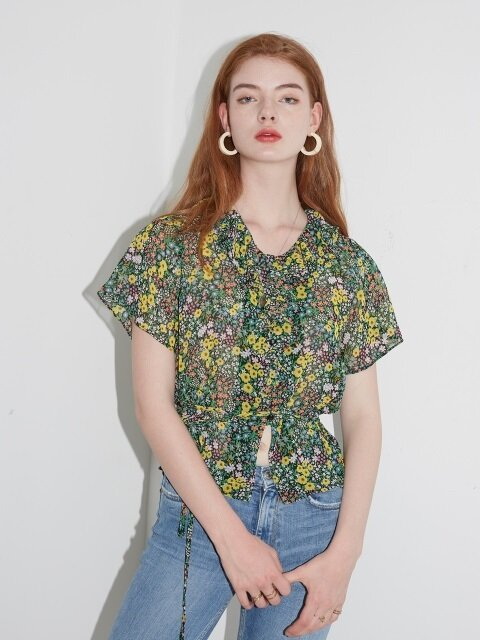 RUFFLE POINT FLORAL BLOUSE