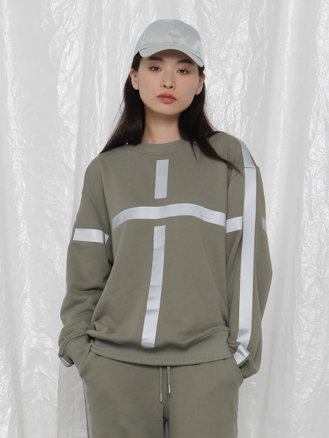 [UNISEX]R TAPED SWEATSHIRT