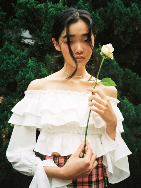 [NOT YOUR XXX] Off-shoulder frill crop blouse (White)