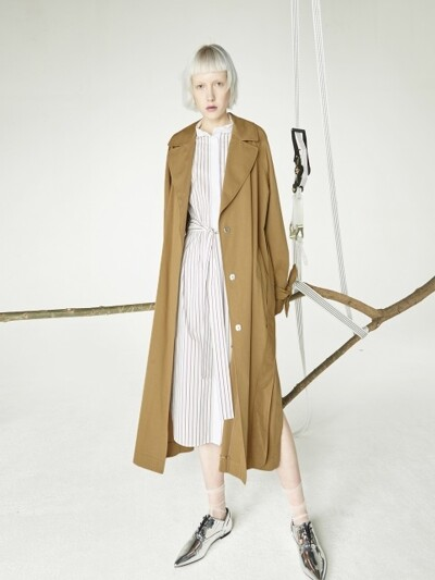 Leaves trench_Beige