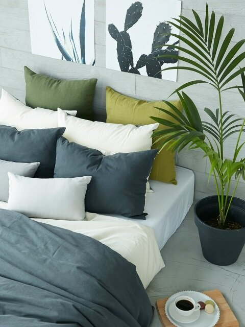 NATURAL DARK GREY BEDDING SET