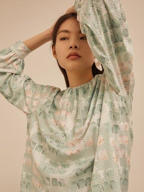 Mint cube gather blouse