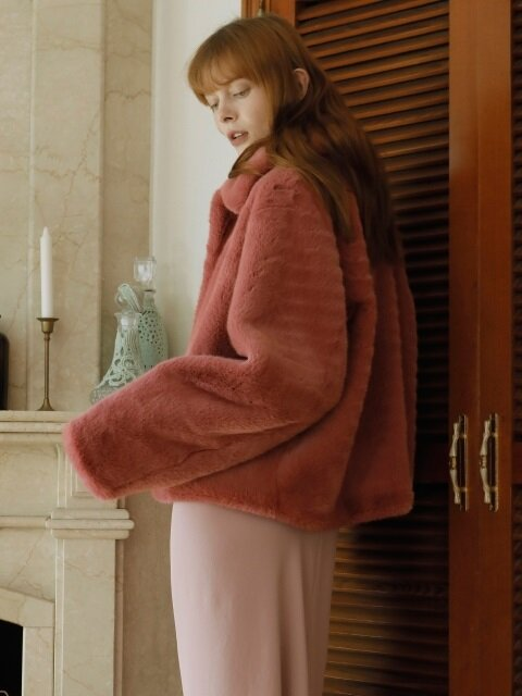 17FW FAKE FUR SHORT COAT / Pink