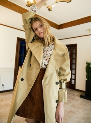 [FRONTROW X LOW CLASSIC] Oversized Double Button Trench_BEIGE