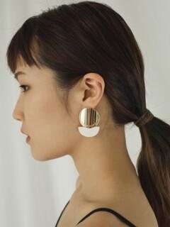 half moon wood cream earring