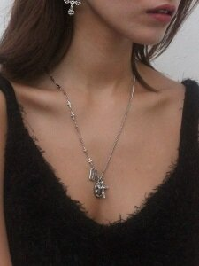 angel necklace (Silver/surgical steel)