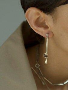 moving line earring