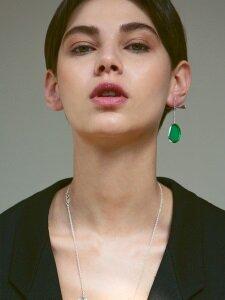shape of the light earring (G)