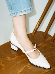 Mrc003 Strap Pumps (Cream)