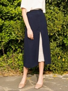 monts686 slit-lace point long skirt (navy)