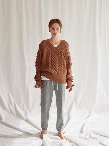 Heart V-neck knit top