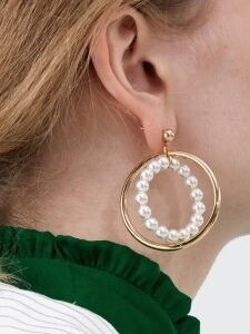 Pearl Circle Earrings