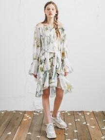 오키드 나르키스 오프숄더 드레스