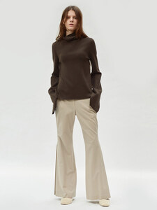 17FW SIDE PLEATED FLARED TROUSERS (BEIGE)
