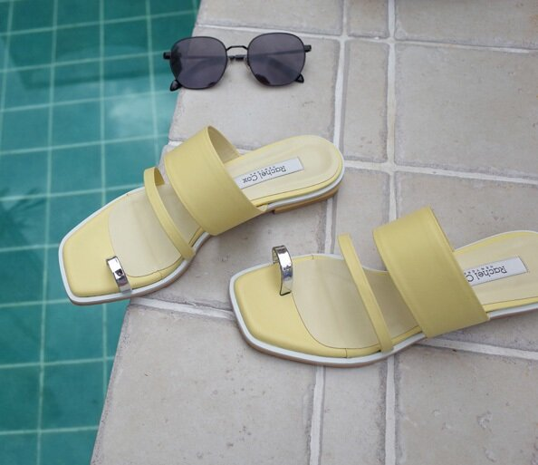 53c156c00  07 RING POINT SANDAL