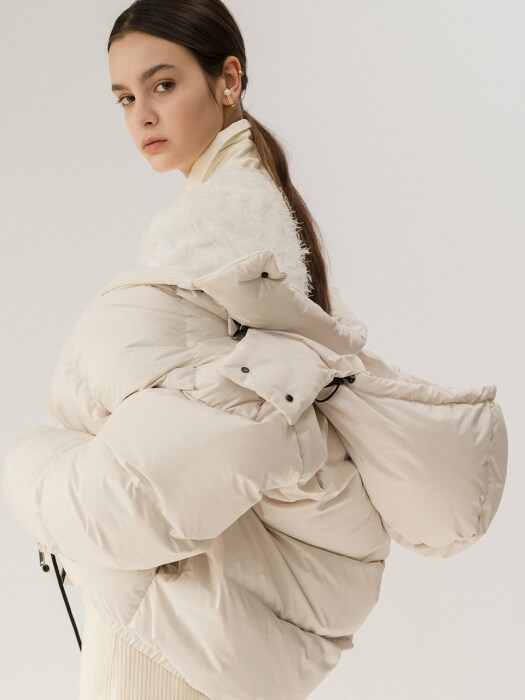 19FW DETACHABLE HOOD DOWN JACKET (IVORY)