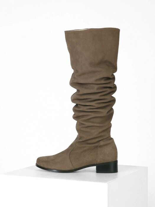 WAVE KNEE-HIGH BOOTS - BROWN