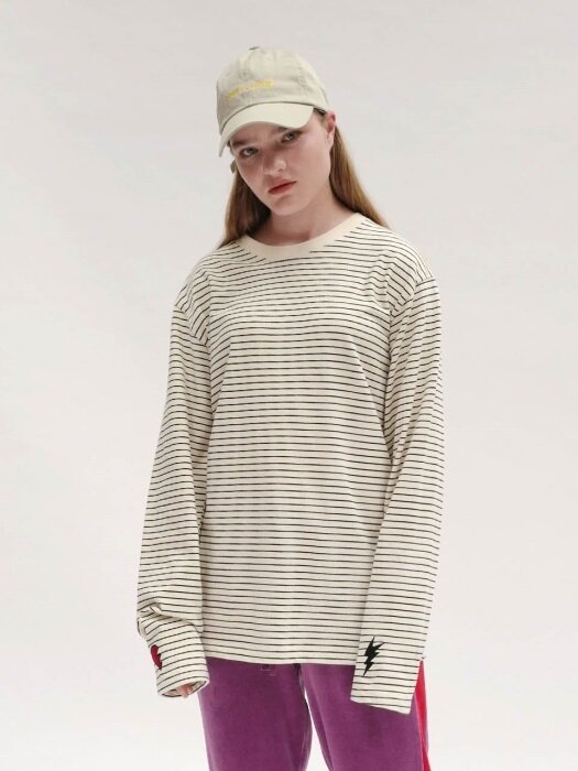 [UNISEX]RC SLEEVE EMBROIDERY STRIPE TOP