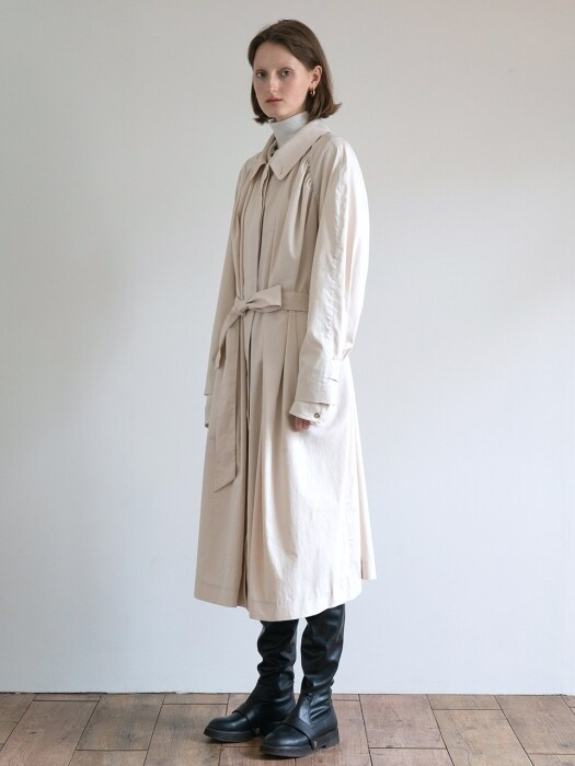 19FW GATHERED OVER-SIZED COAT (IVORY)
