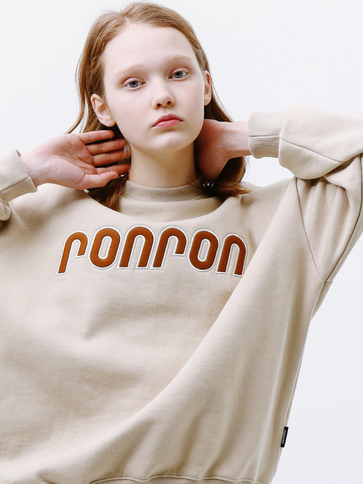 BOUCLE LOGO POINT SWEATSHIRT BEIGE