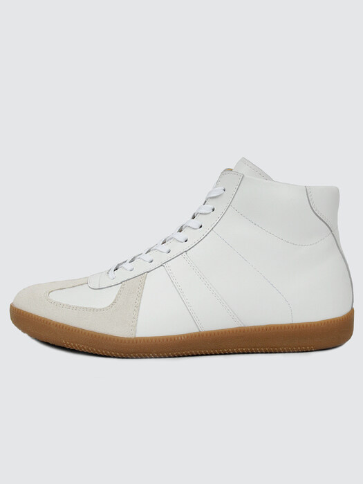 SL826 Cowhide German Trainer