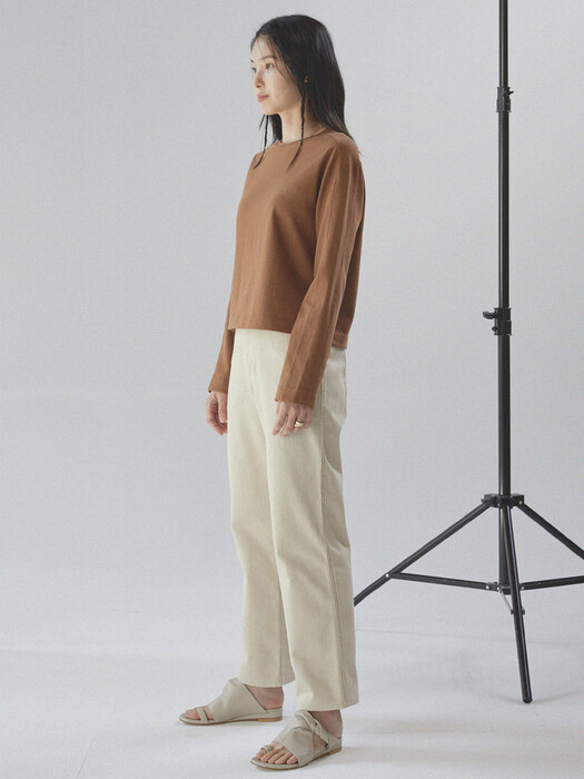line pointed twill pants _ cream beige