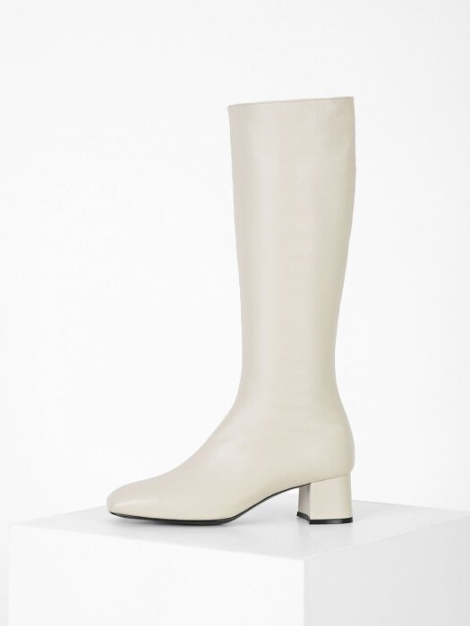 SQUARE LONG BOOTS - IVORY