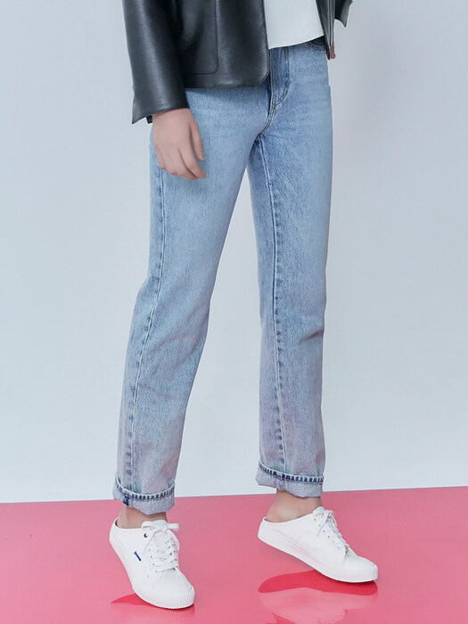 Relaxed Straight Fit Denim Pants - Blue (KE0121M51P)