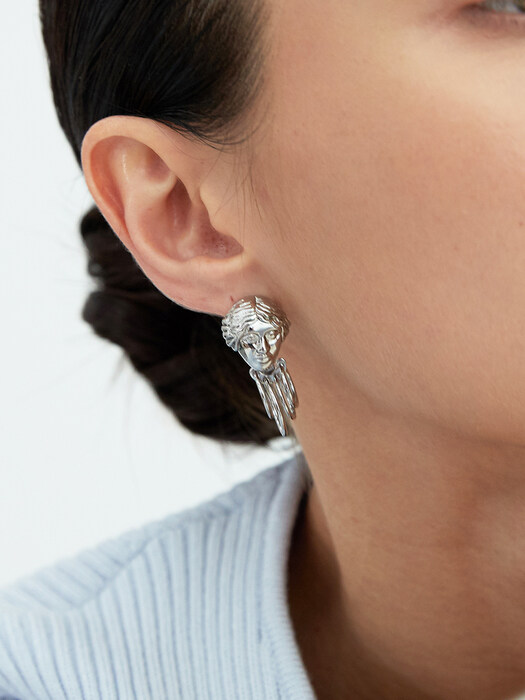 Victory Goddess Earrings_Silver