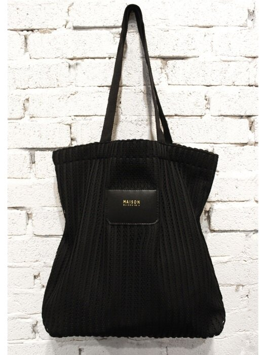 MAC BLACK- BIG ECO SHOULDER BAG